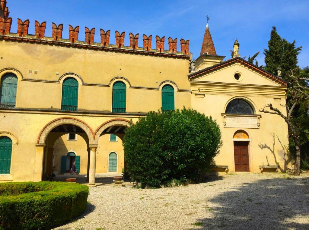 """Chiesa di Santa Maria delle Grazie """"La Pergolana"""""""