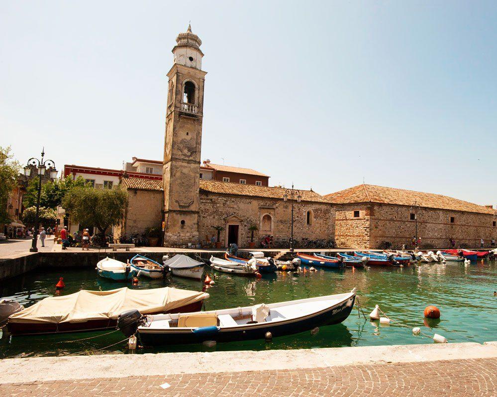San Nicoloò al porto di Lazise